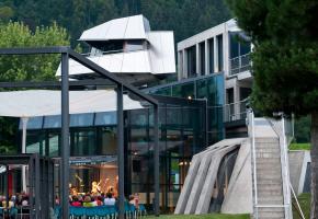 Steinhaus von Günther Domenig