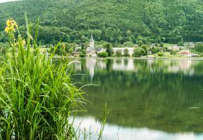 Ossiacher See mit Stift Ossiach