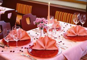 Tisch im Stüberl
