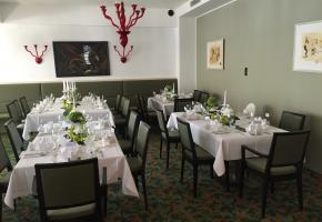 Hochzeitstafel im Speisesaal